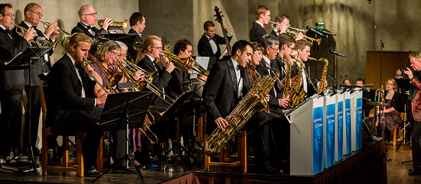 Swinging Christmas med Uppsala University Jazz Orchestra